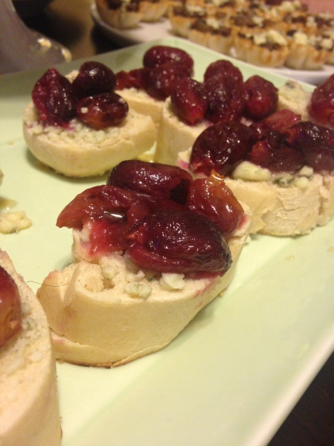 Justin Gilbert's Grape Crostinis